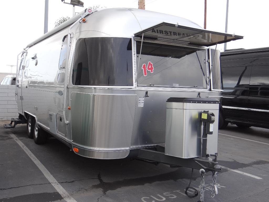 used-2014-airstream-25fb_flying_cloud_-_ave_ave_ave-11857-15753029-1-1024